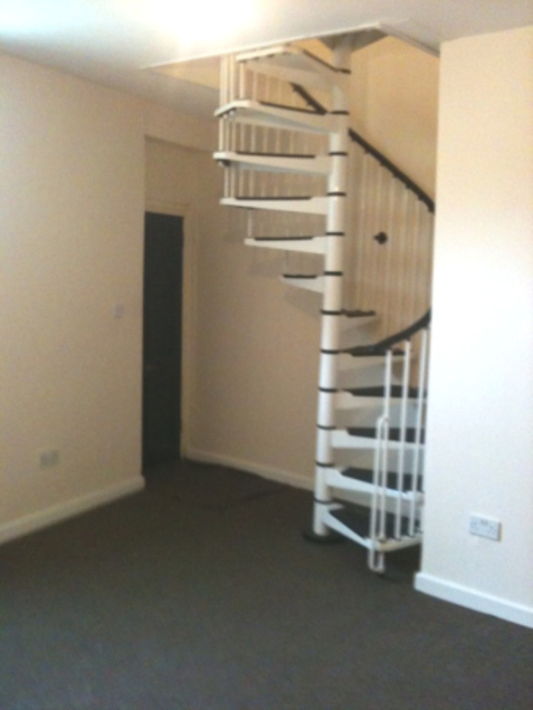 1 bedroom apartment flat To Let in Blackburn - Main Image.