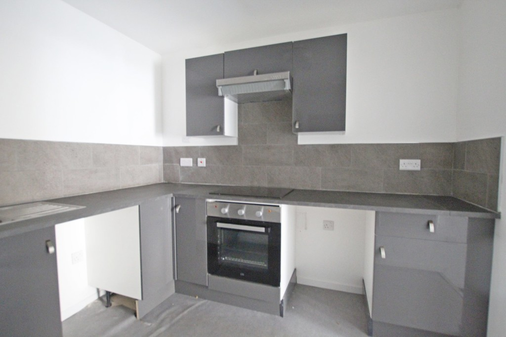 2 bedroom apartment flat Let Agreed in Accrington - photograph 8.