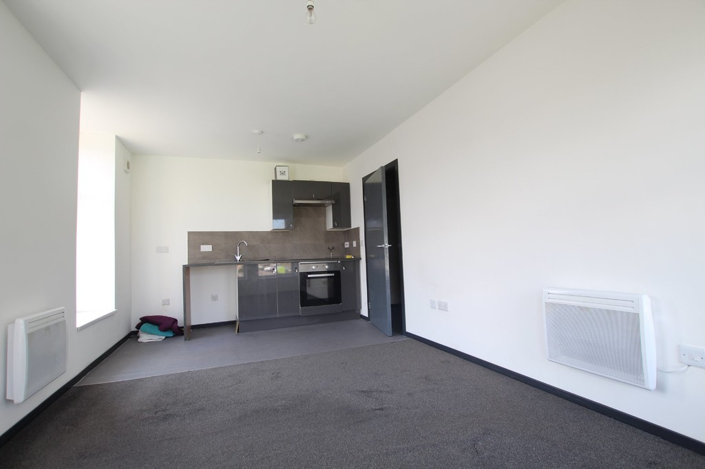 1 bedroom apartment flat Let Agreed in Accrington - photograph 6.