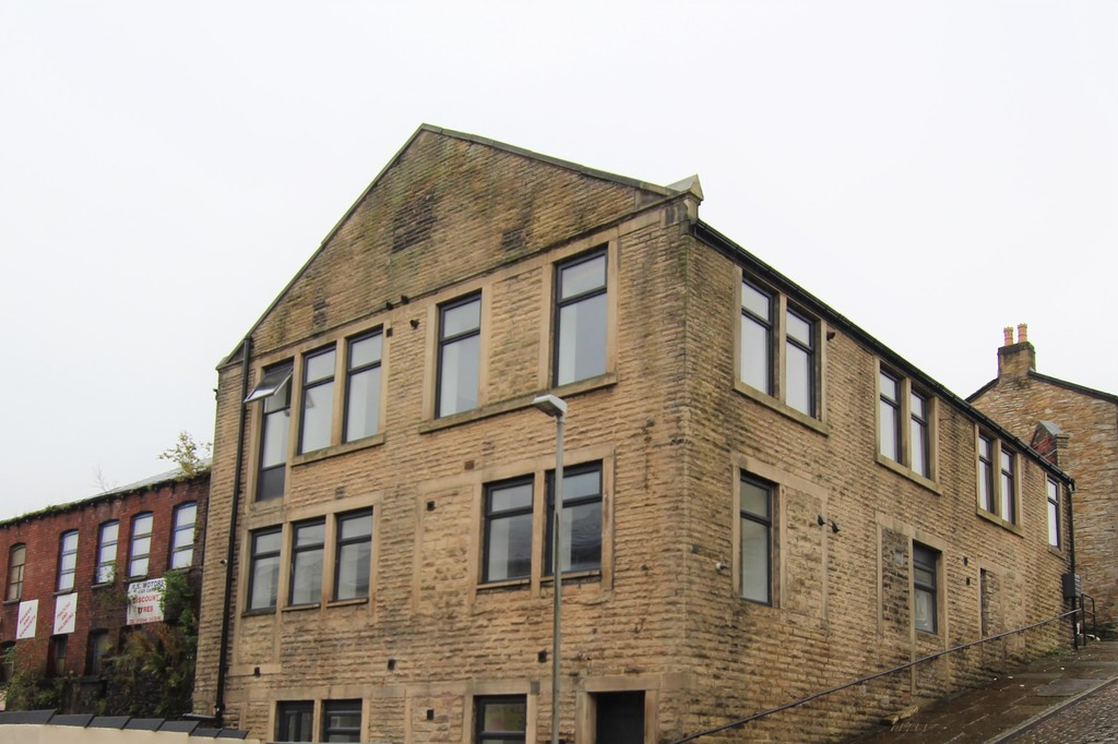 2 bedroom apartment flat Let Agreed in Accrington - Main Image.