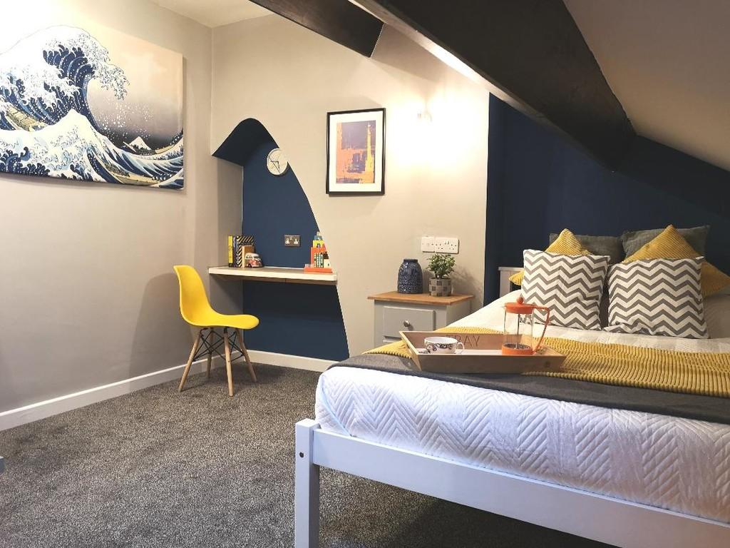 1 bedroom studio flat To Let in Blackburn - photograph 3.
