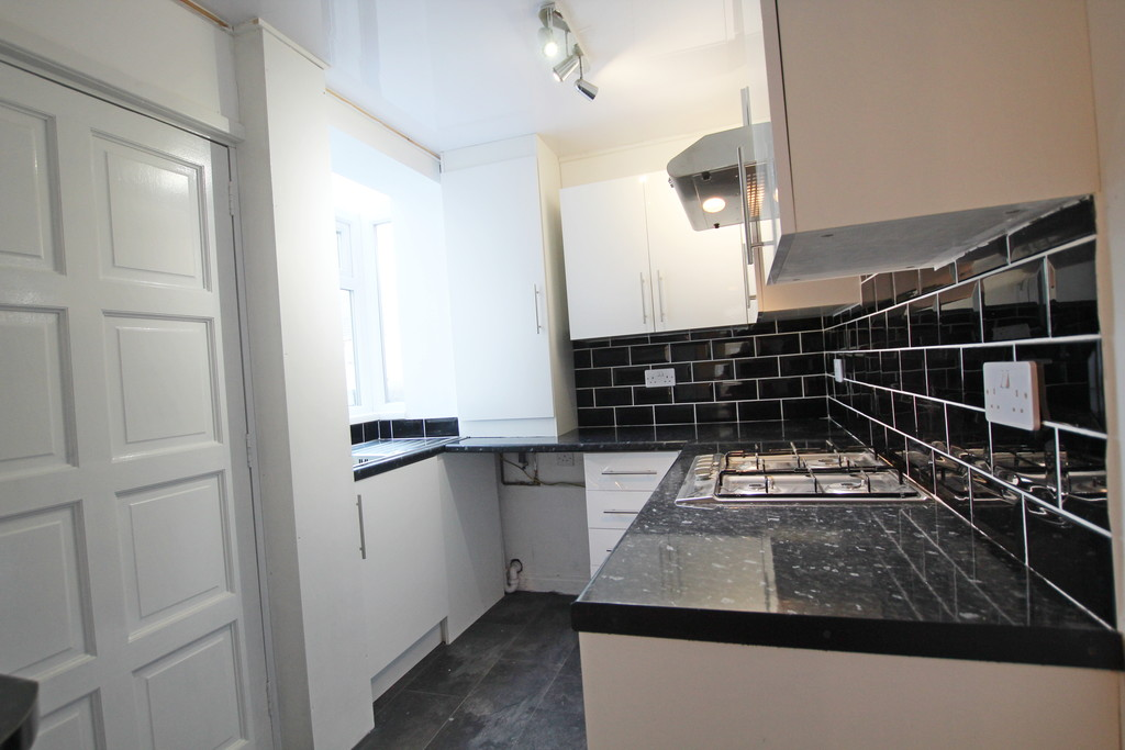 2 bedroom mid terraced house Under Offer in Accrington - photograph 6.