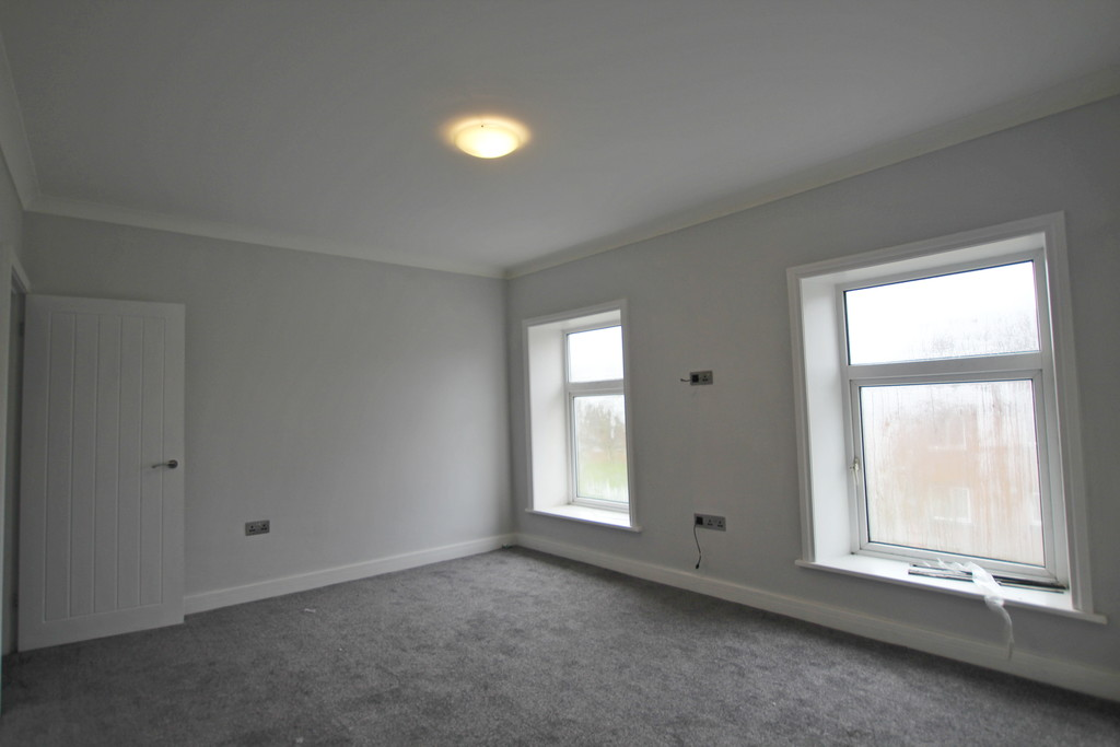 2 bedroom mid terraced house To Let in Accrington - photograph 3.