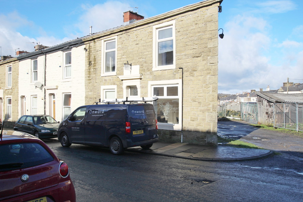 1 bedroom end terraced house Let Agreed in Accrington - Main Image.