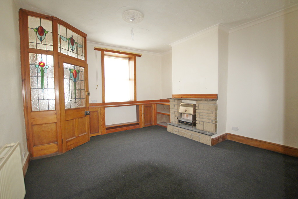2 bedroom mid terraced house Let Agreed in Accrington - photograph 13.