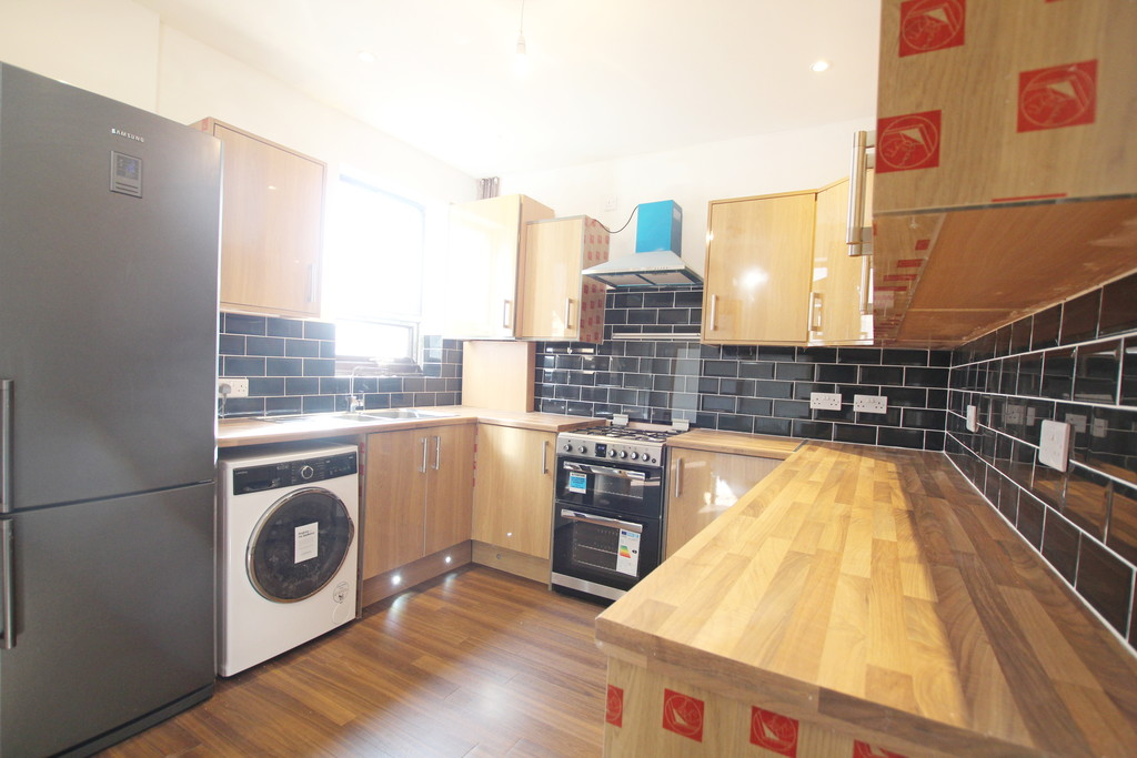1 bedroom mid terraced house References Pending in Blackburn - photograph 4.