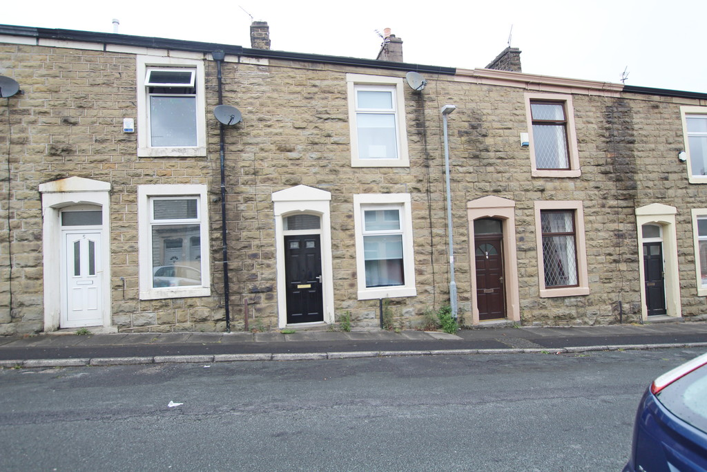2 bedroom mid terraced house For Sale in Blackburn - Main Image.