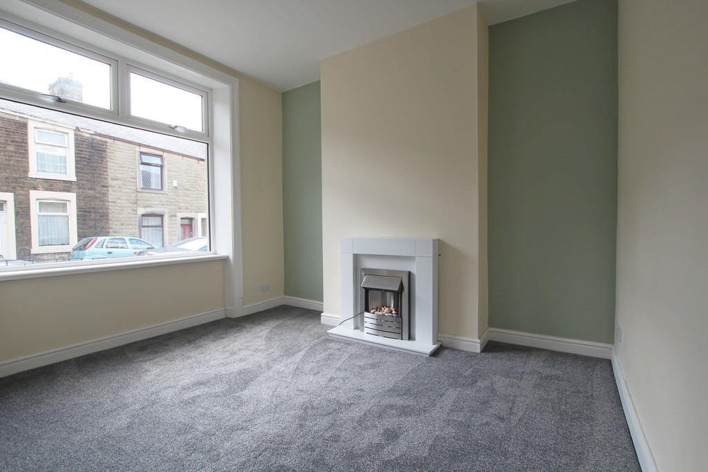 2 bedroom mid terraced house For Sale in Accrington - photograph 11.