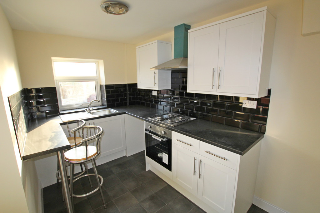 2 bedroom mid terraced house Under Offer in Accrington - photograph 4.