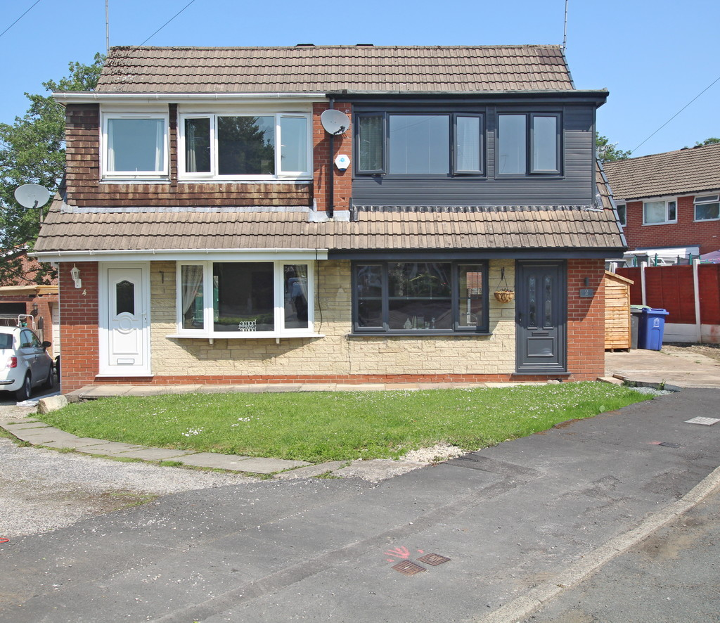 3 bedroom semi-detached house For Sale in Baxenden - photograph 1.