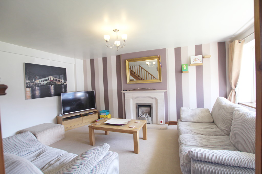 3 bedroom semi-detached house For Sale in Baxenden - photograph 2.