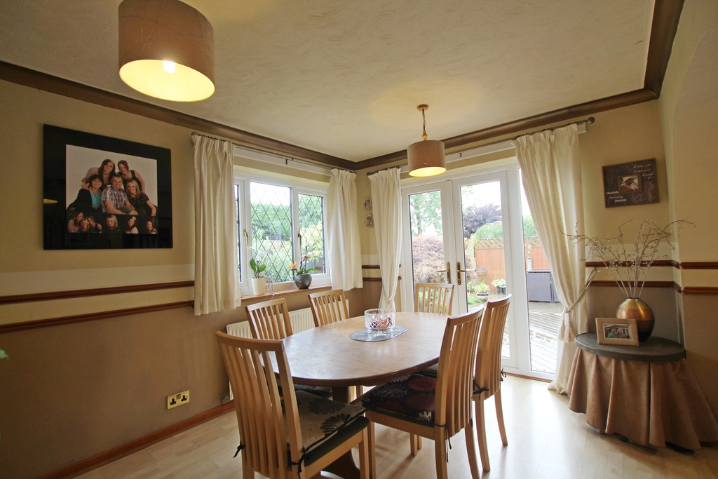 4 bedroom detached house Under Offer in Accrington - photograph 10.