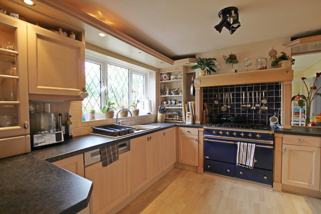 4 bedroom detached house Under Offer in Accrington - photograph 4.