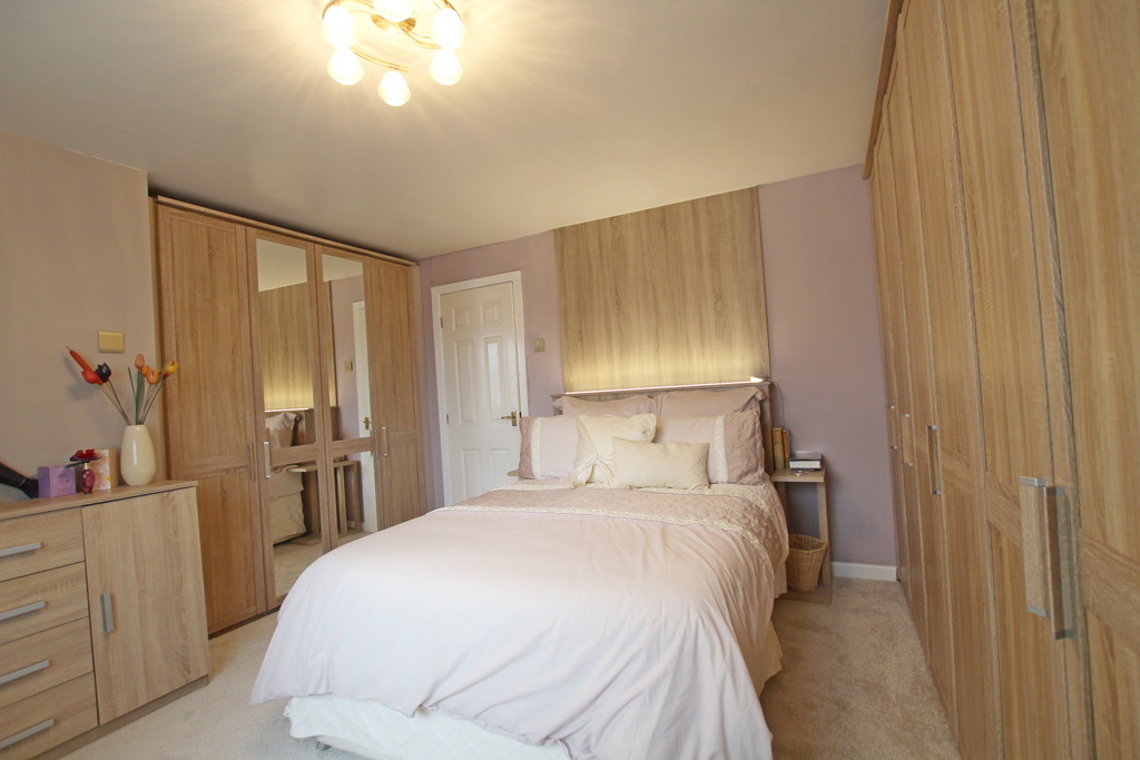 4 bedroom detached house Under Offer in Accrington - photograph 6.
