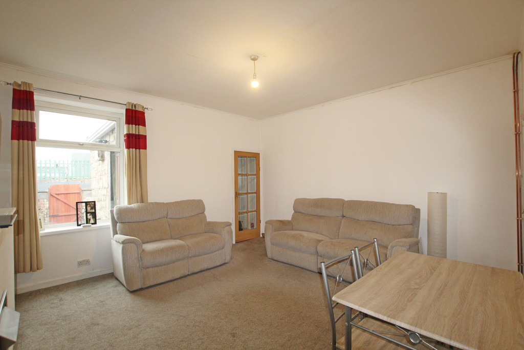 2 bedroom mid terraced house Sold in Accrington - photograph 2.