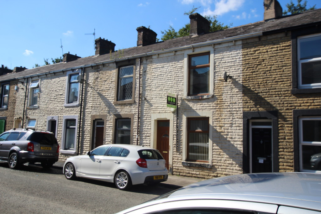 2 bedroom mid terraced house For Sale in Accrington - photograph 2.
