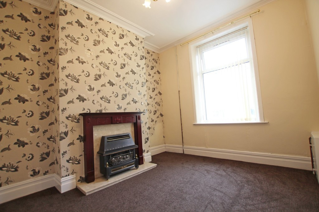 2 bedroom mid terraced house SSTC in Accrington - photograph 2.