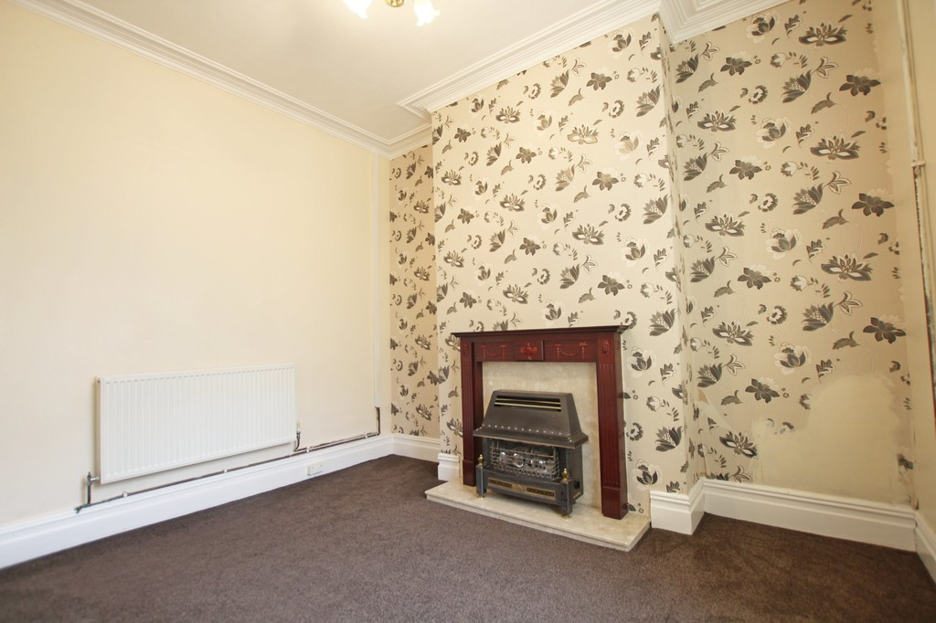 2 bedroom mid terraced house SSTC in Accrington - photograph 3.