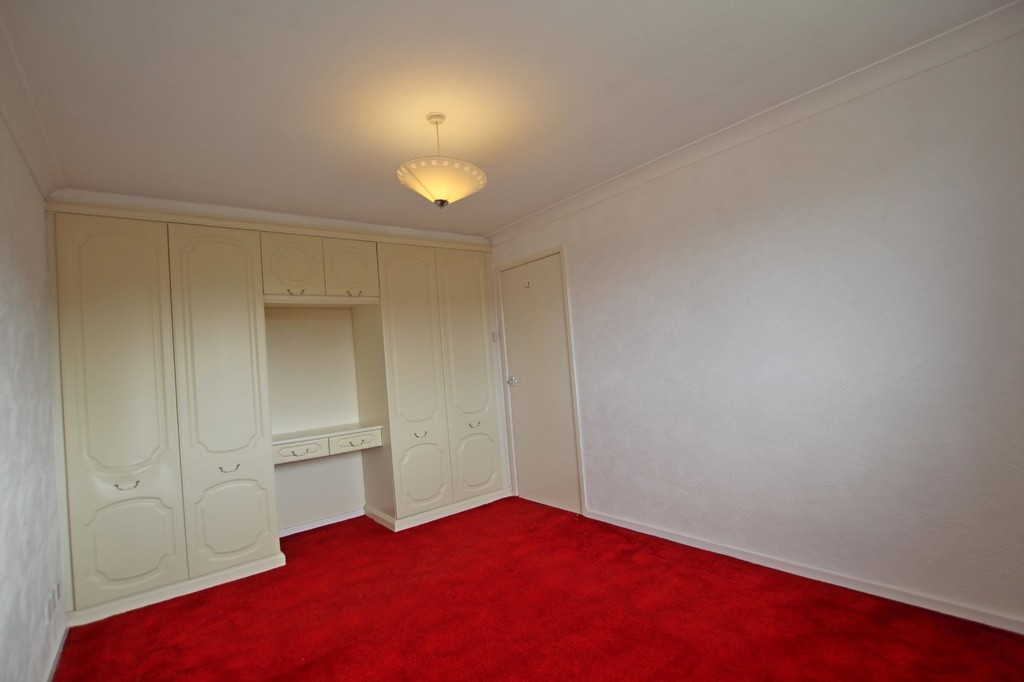 3 bedroom semi-detached house Let Agreed in Preston - photograph 8.