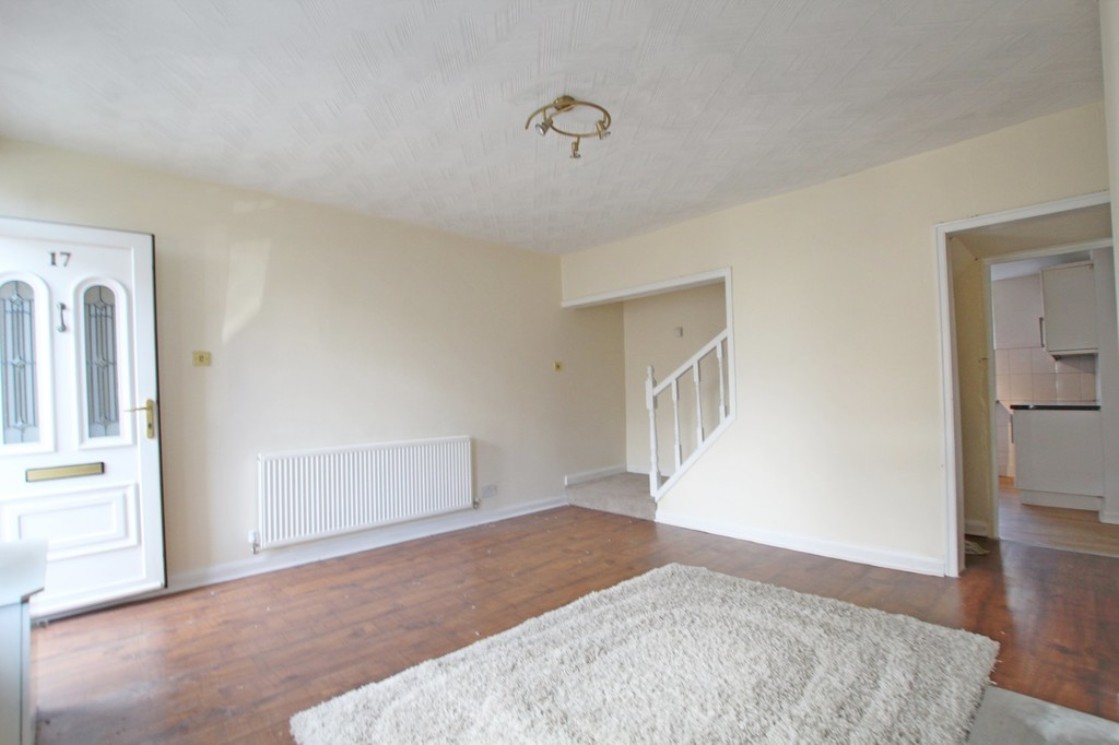 3 bedroom mid terraced house Let Agreed in Accrington - photograph 12.
