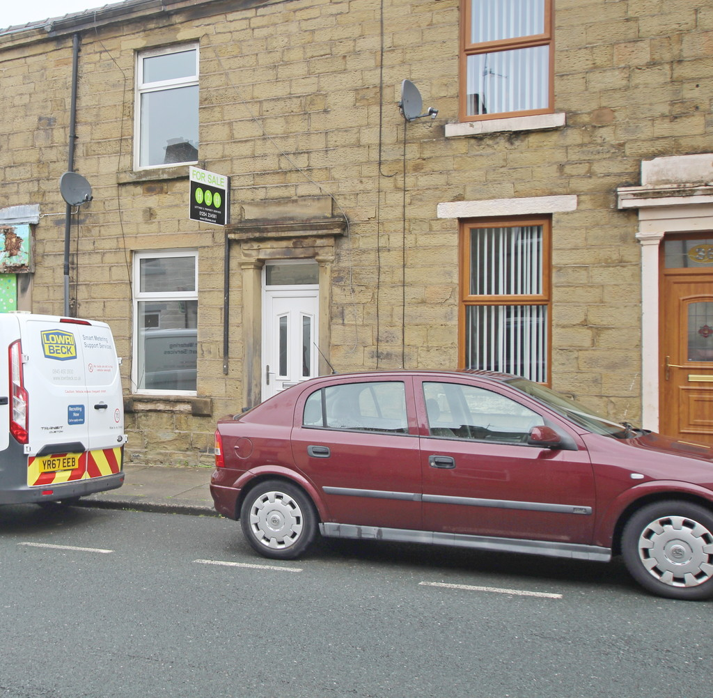 2 bedroom mid terraced house Let Agreed in Accrington - photograph 1.