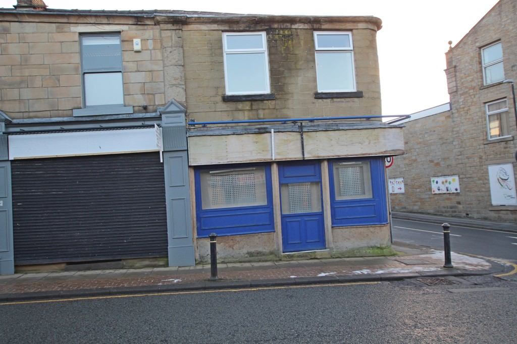 Undefined To Let in Accrington - photograph 4.