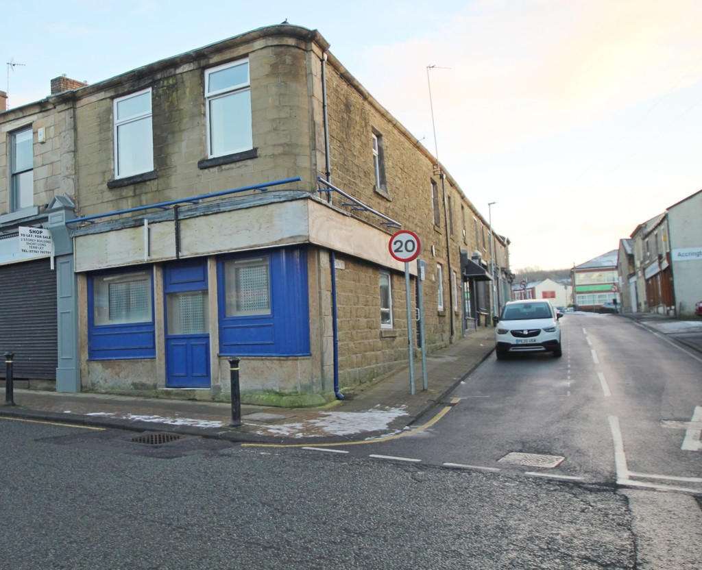 Undefined To Let in Accrington - photograph 6.