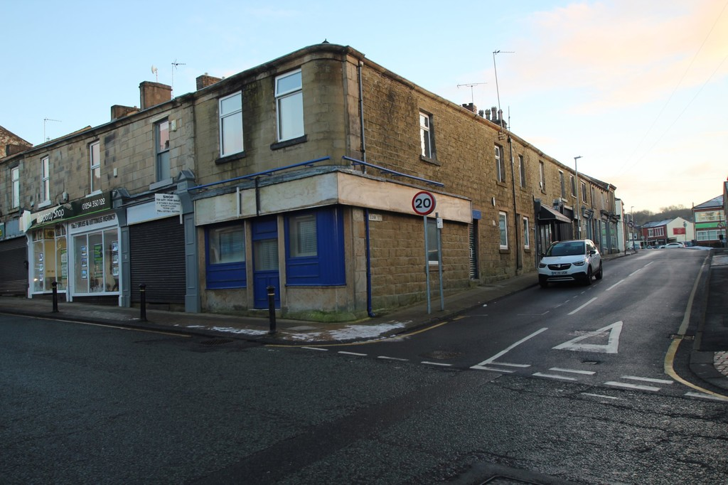 Undefined To Let in Accrington - photograph 7.