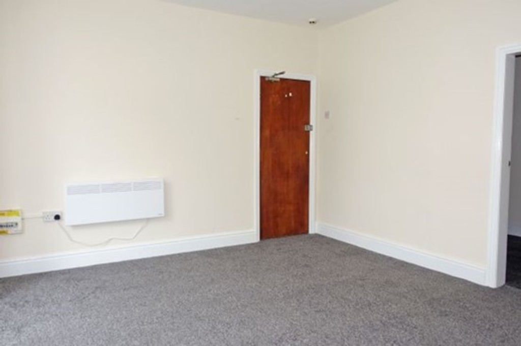 Apartment Flat For Sale in Fleetwood - photograph 9.