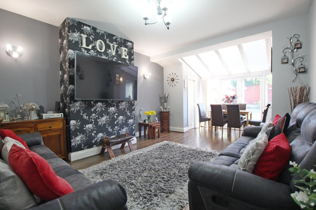 3 bedroom semi-detached house For Sale in Accrington - photograph 10.