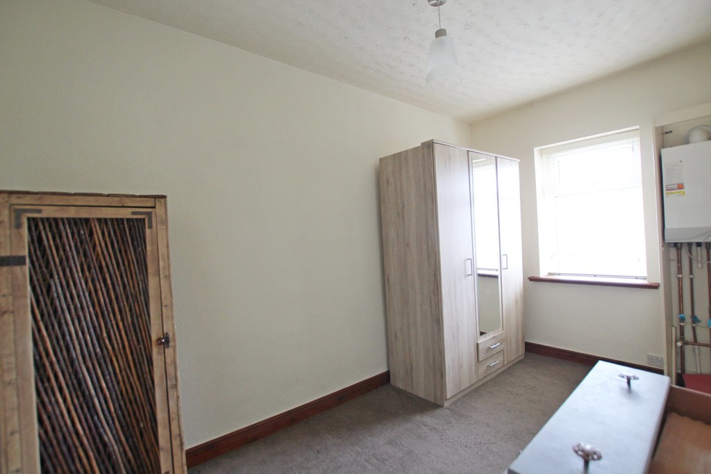 2 bedroom mid terraced house Let Agreed in Accrington - photograph 7.