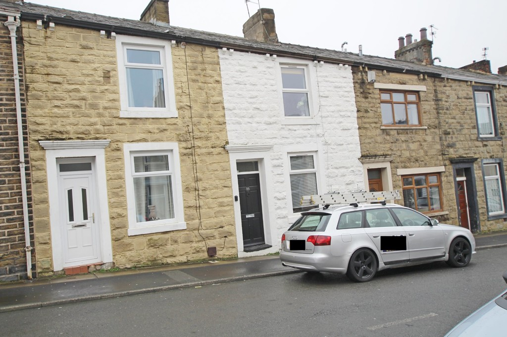 2 bedroom mid terraced house Let Agreed in Accrington - Main Image.