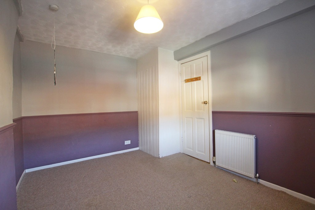2 bedroom cottage house For Sale in Accrington - photograph 9.