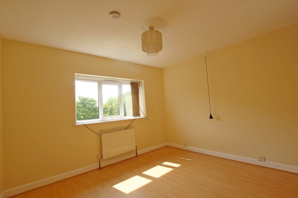 3 bedroom semi-detached house To Let in Accrington - photograph 21.