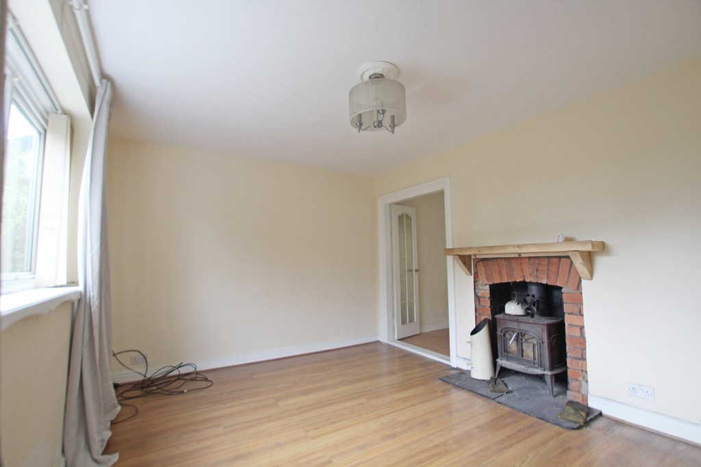 3 bedroom semi-detached house To Let in Accrington - photograph 2.