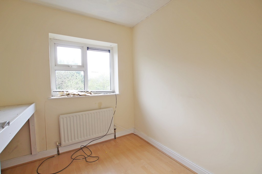 3 bedroom semi-detached house To Let in Accrington - photograph 7.