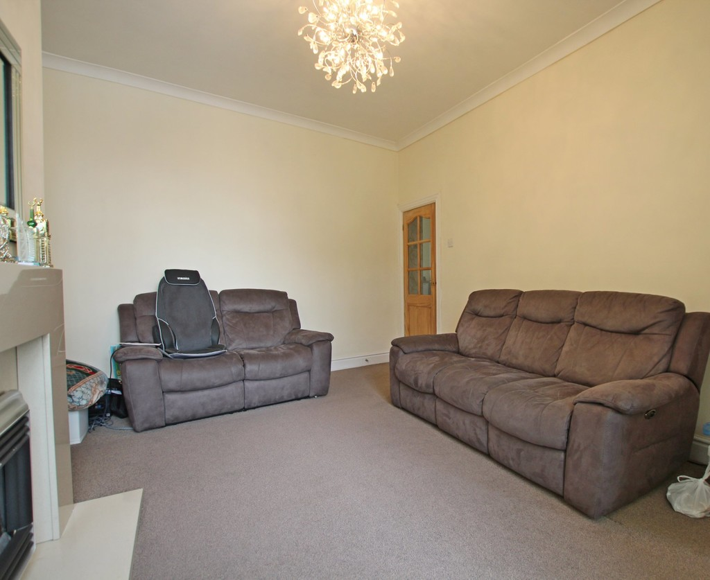 3 bedroom end terraced house For Sale in Accrington - photograph 7.