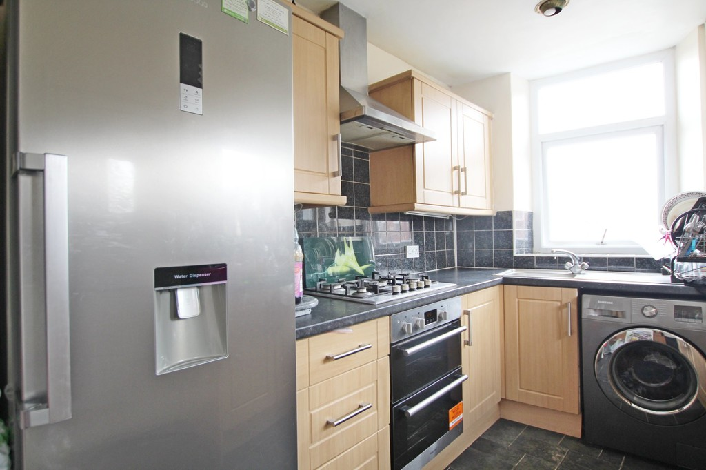 3 bedroom end terraced house For Sale in Accrington - photograph 5.