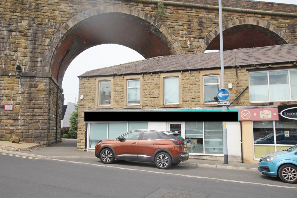 To Let in Accrington - Main Image.