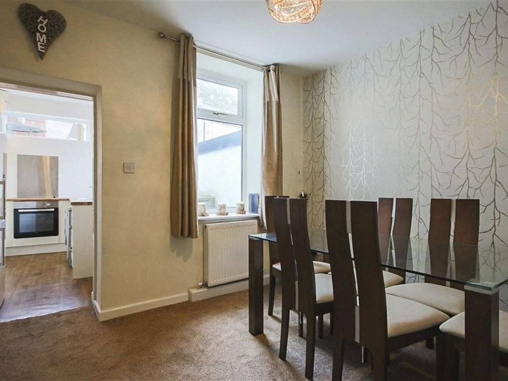 2 bedroom mid terraced house For Sale in Accrington - photograph 4.