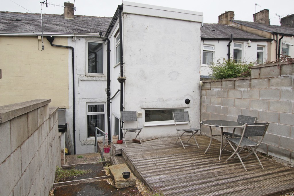 2 bedroom mid terraced house For Sale in Accrington - photograph 9.