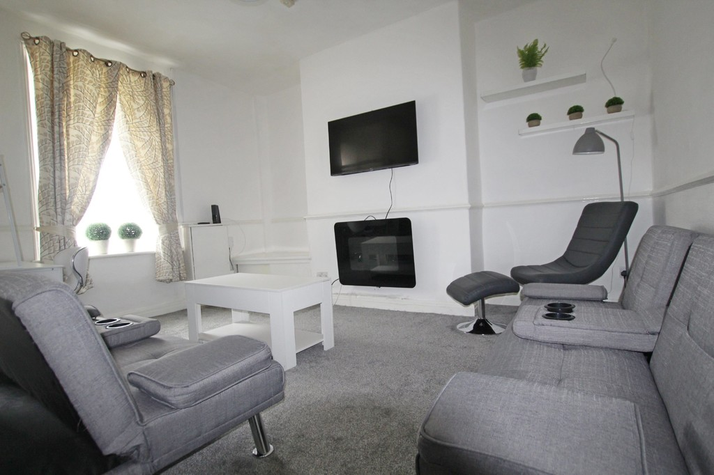 2 bedroom mid terraced house For Sale in Accrington - Property photograph.