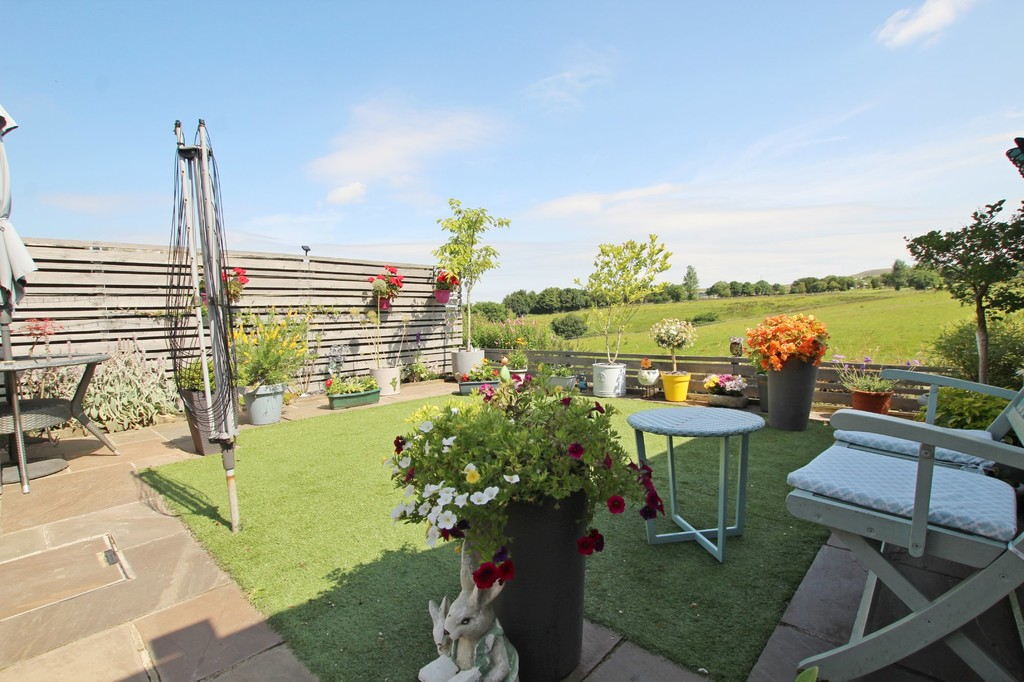 3 bedroom semi-detached house SSTC in Baxenden - photograph 14.