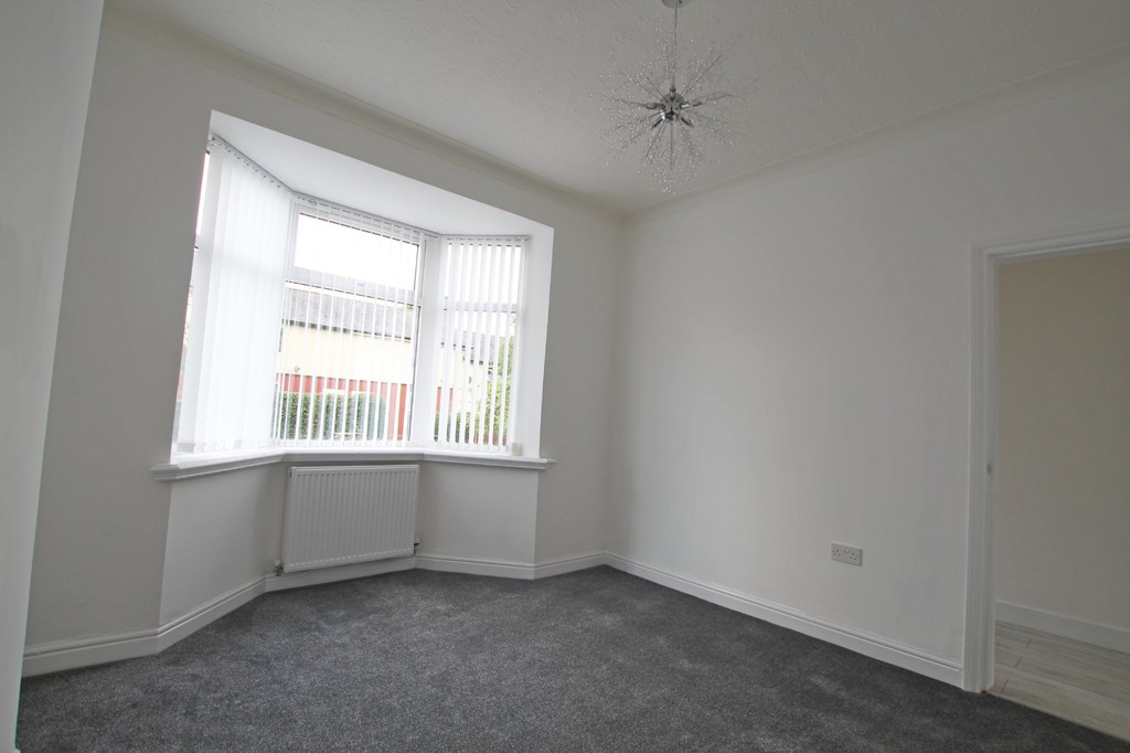 3 bedroom mid terraced house SSTC in Accrington - photograph 3.