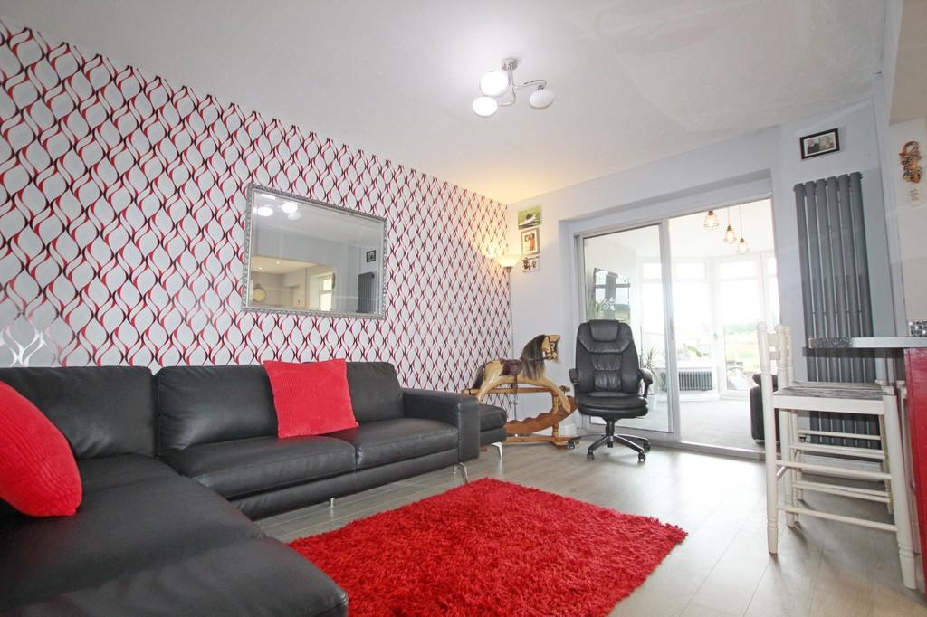 3 bedroom semi-detached bungalow bungalow For Sale in Accrington - photograph 3.