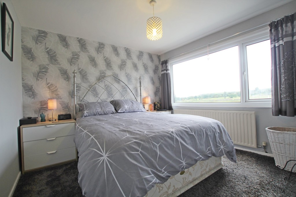 3 bedroom semi-detached bungalow bungalow For Sale in Accrington - photograph 9.