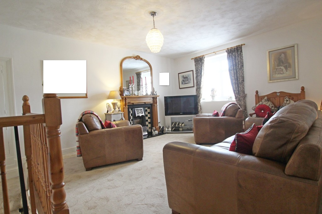 3 bedroom town house Under Offer in Accrington - photograph 16.