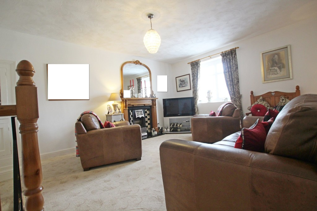 3 bedroom town house Under Offer in Accrington - photograph 18.