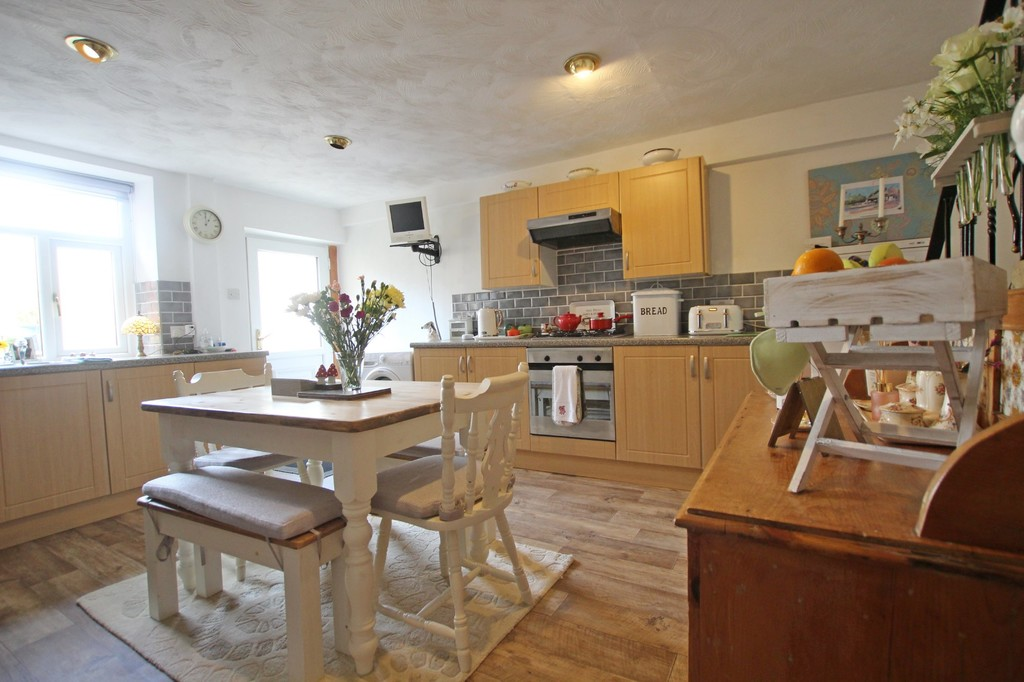 3 bedroom town house Under Offer in Accrington - photograph 20.