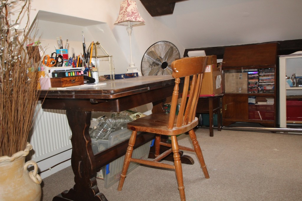 2 bedroom cottage house For Sale in Accrington - photograph 14.